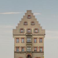 Arnulfsplatz 4