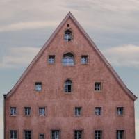 Holzländestraße 1